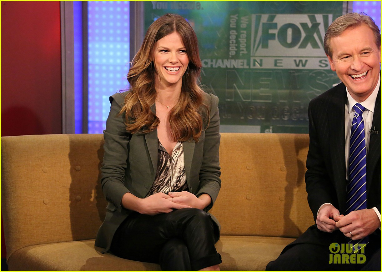 brooklyn decker fox and friends visit 112811630