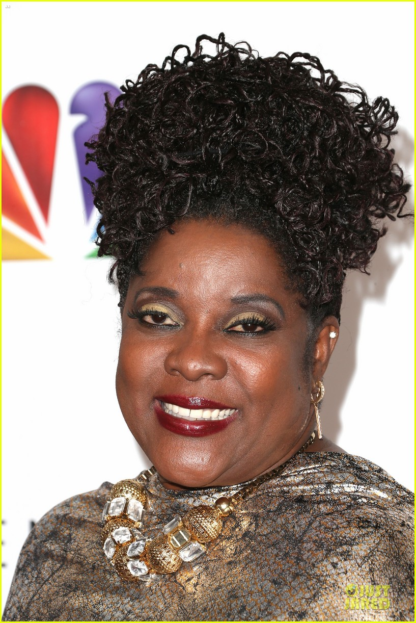 loretta devine best supporting actress in a drama winner 022802756