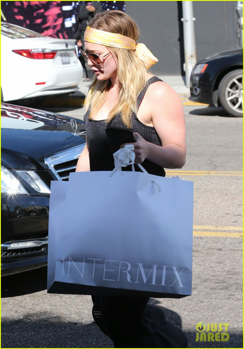 hilary duff intermix shopper 02