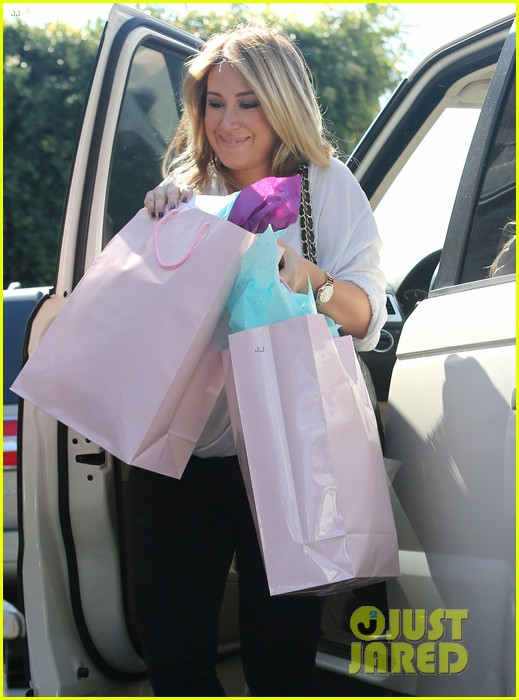 hilary duff baby shower with sister haylie 022808760