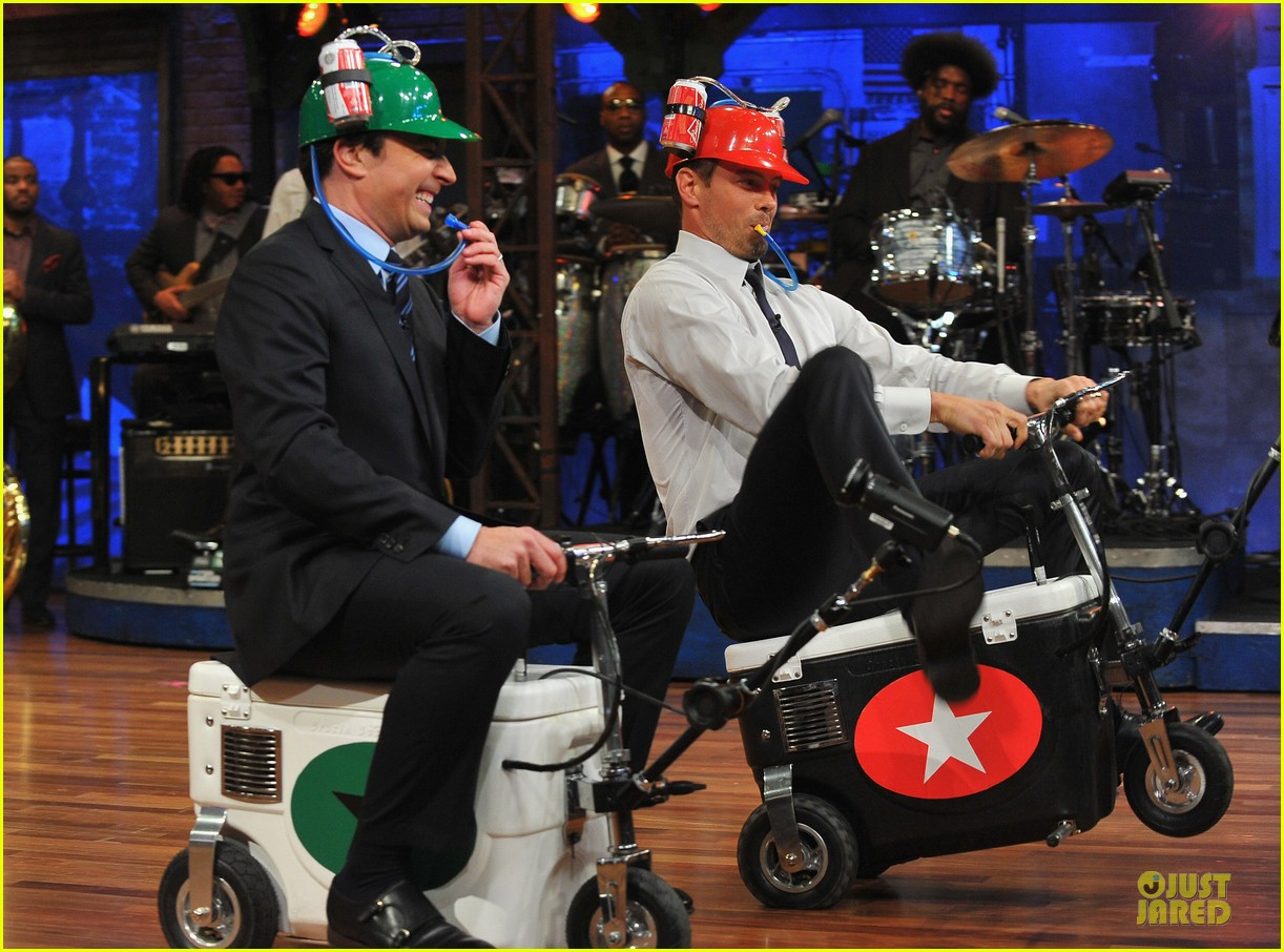josh duhamel cooler races on fallon 092810973