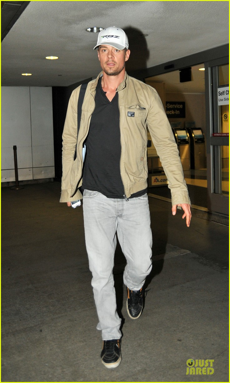 fergie josh duhamel is excited about scenic route sxsw debut 052803180