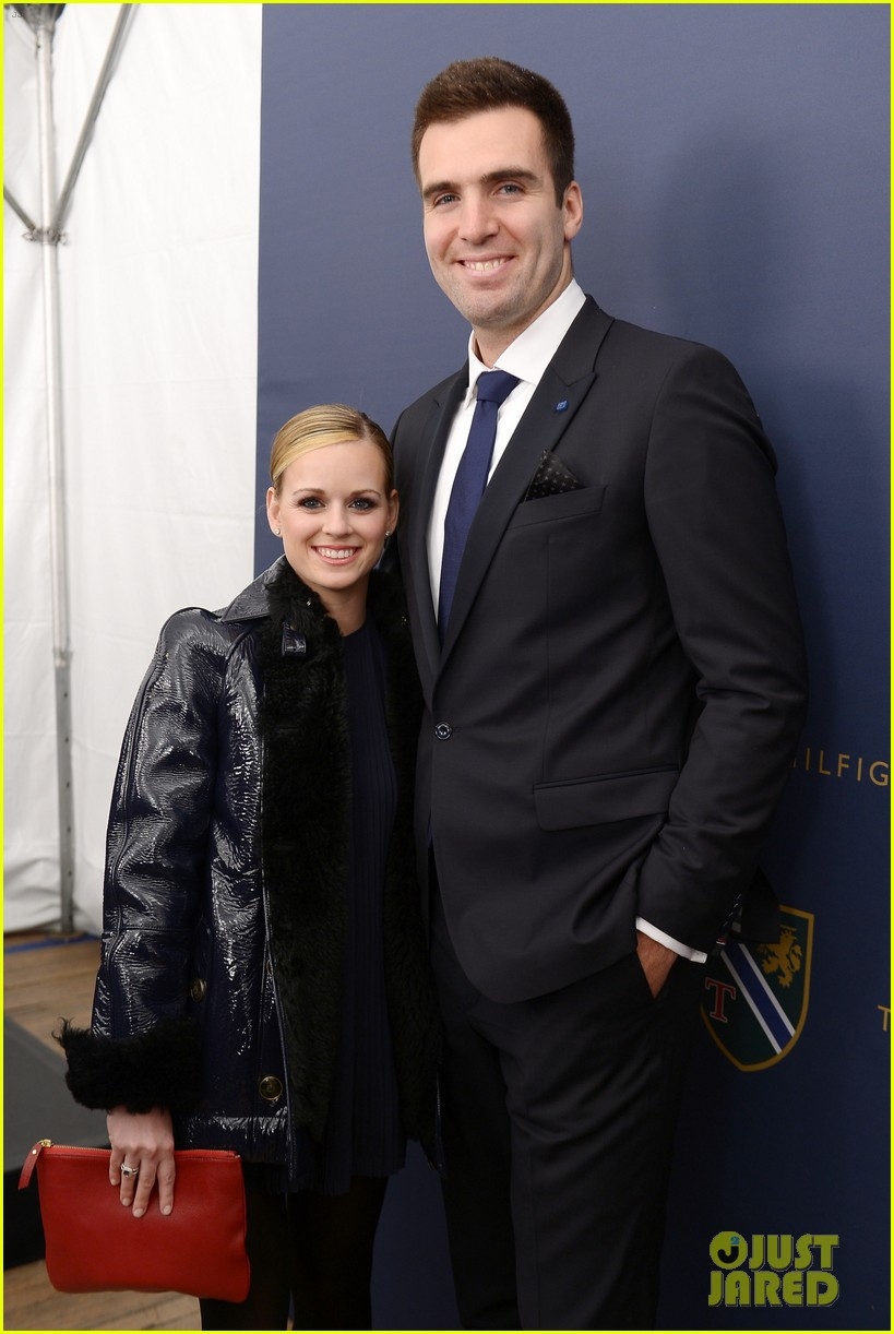 joe flacco tommy hilfiger fashion show with wife dana 02