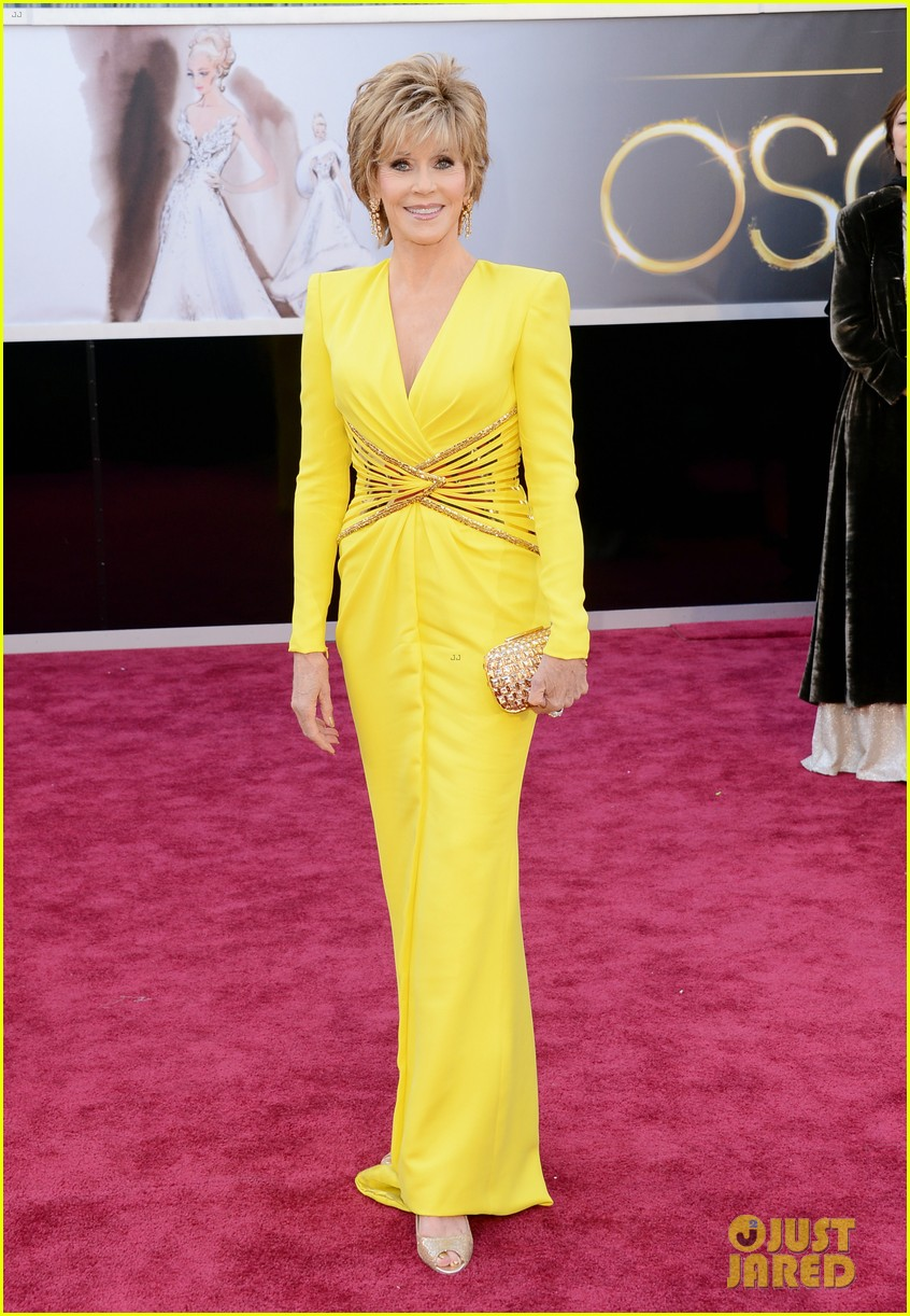 jane fonda oscars red carpet 2013 062819136