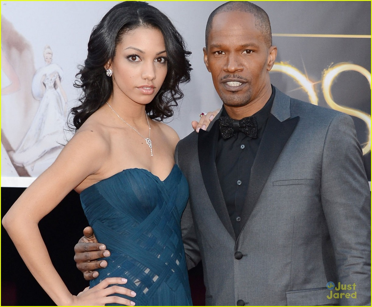 jamie foxx oscars 2013 red carpet 03