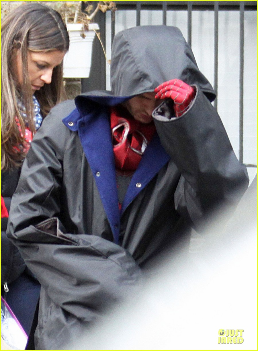 andrew garfield amazing spider man 2 suit first look 022820725