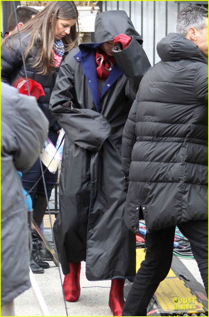 andrew garfield amazing spider man 2 suit first look 032820726