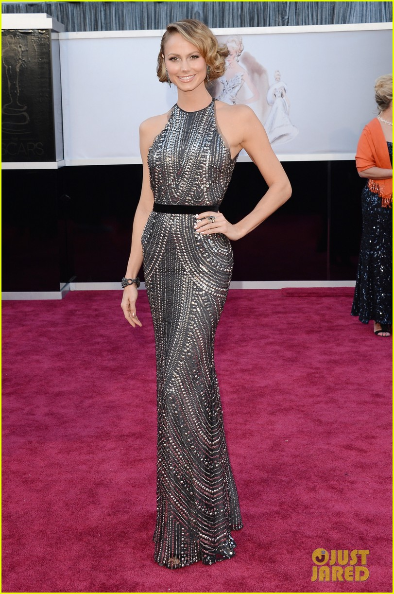 george clooney oscars 2013 with stacy keibler 032819154