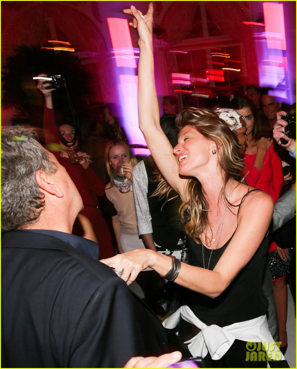 gisele bundchen tom brady mario testino exhibit party 182818671
