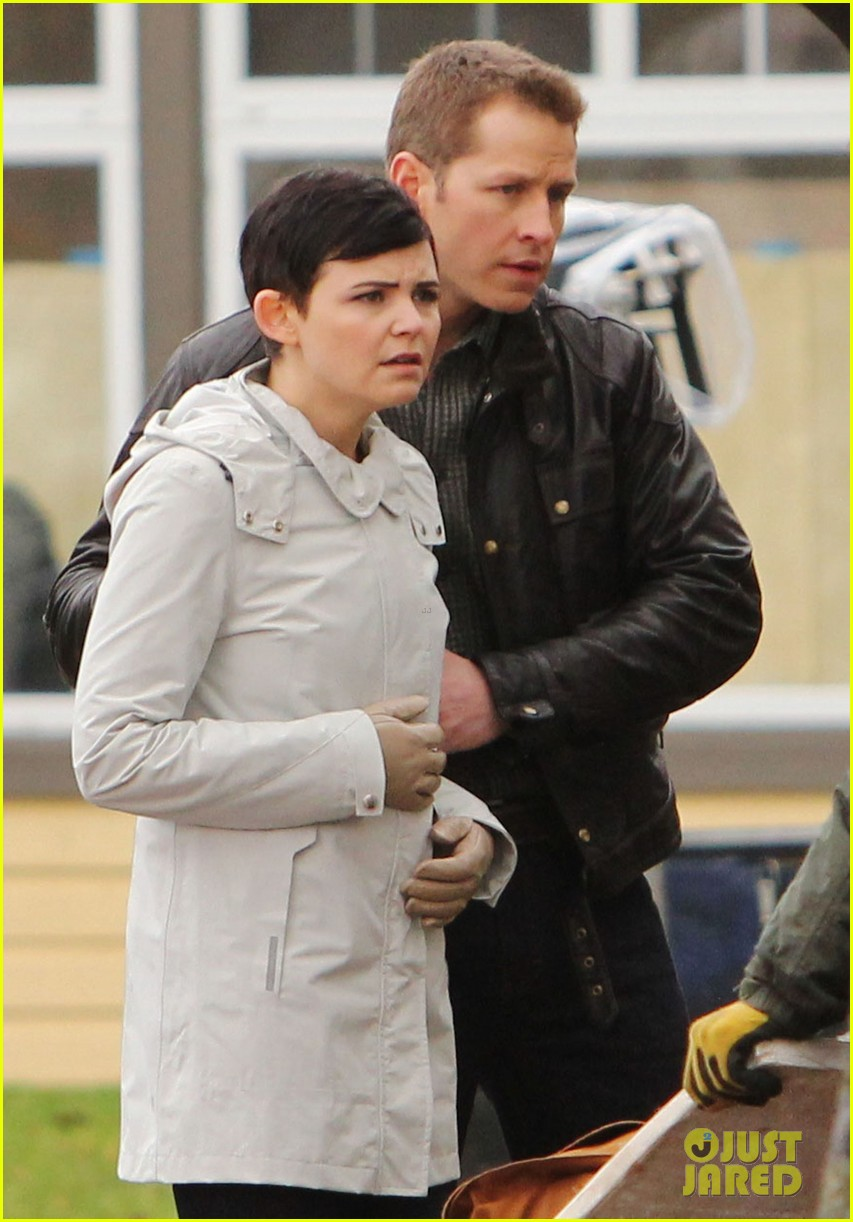 ginnifer goodwin jennifer morrison once upon a time filming 022812806