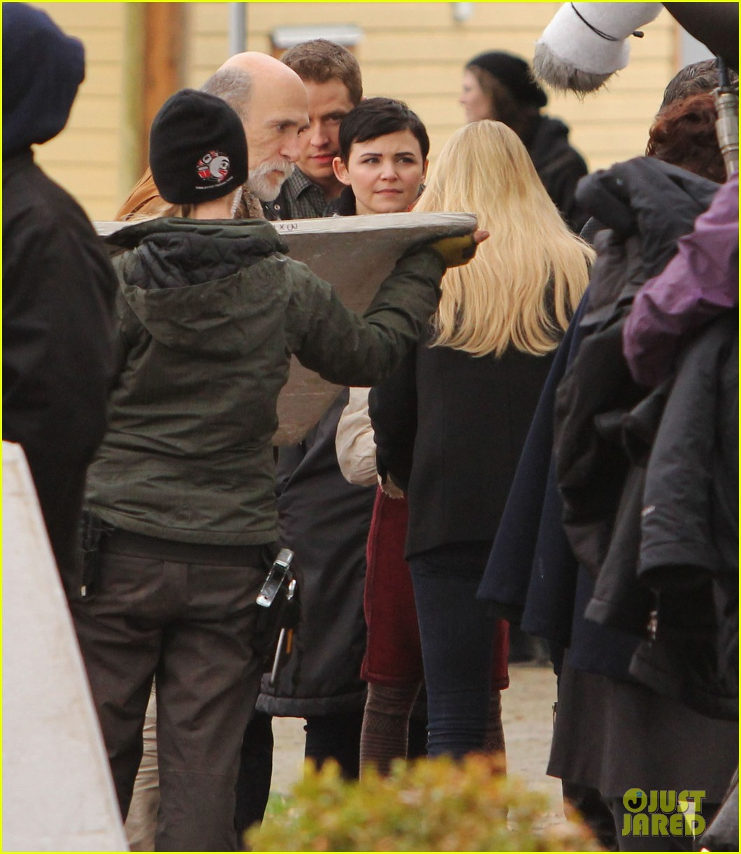 ginnifer goodwin jennifer morrison once upon a time filming 232812827