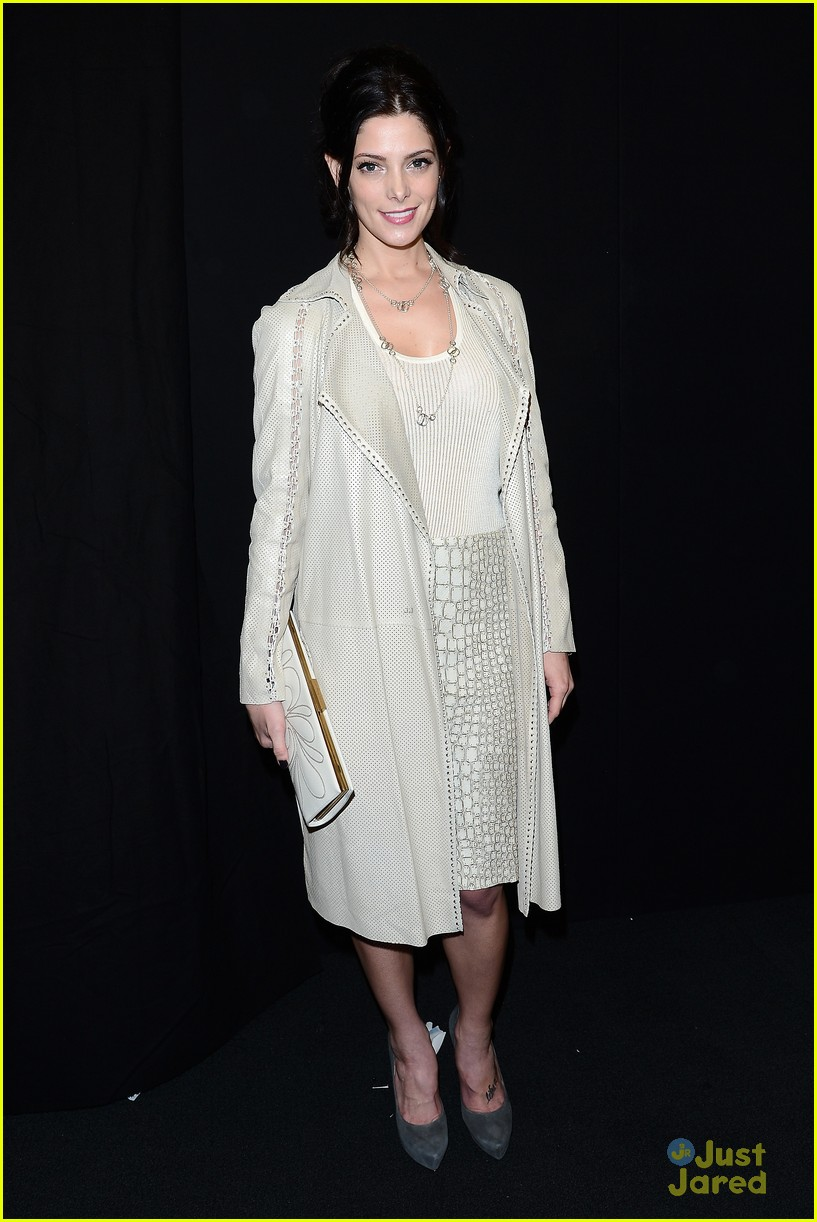 ashley greene front row at ferragamo fashion show 012818738