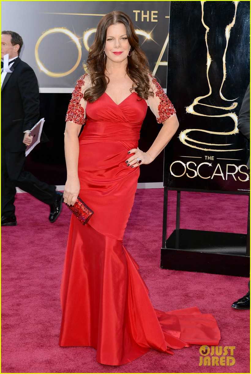 marcia gay harden oscars 2013 red carpet 022819248
