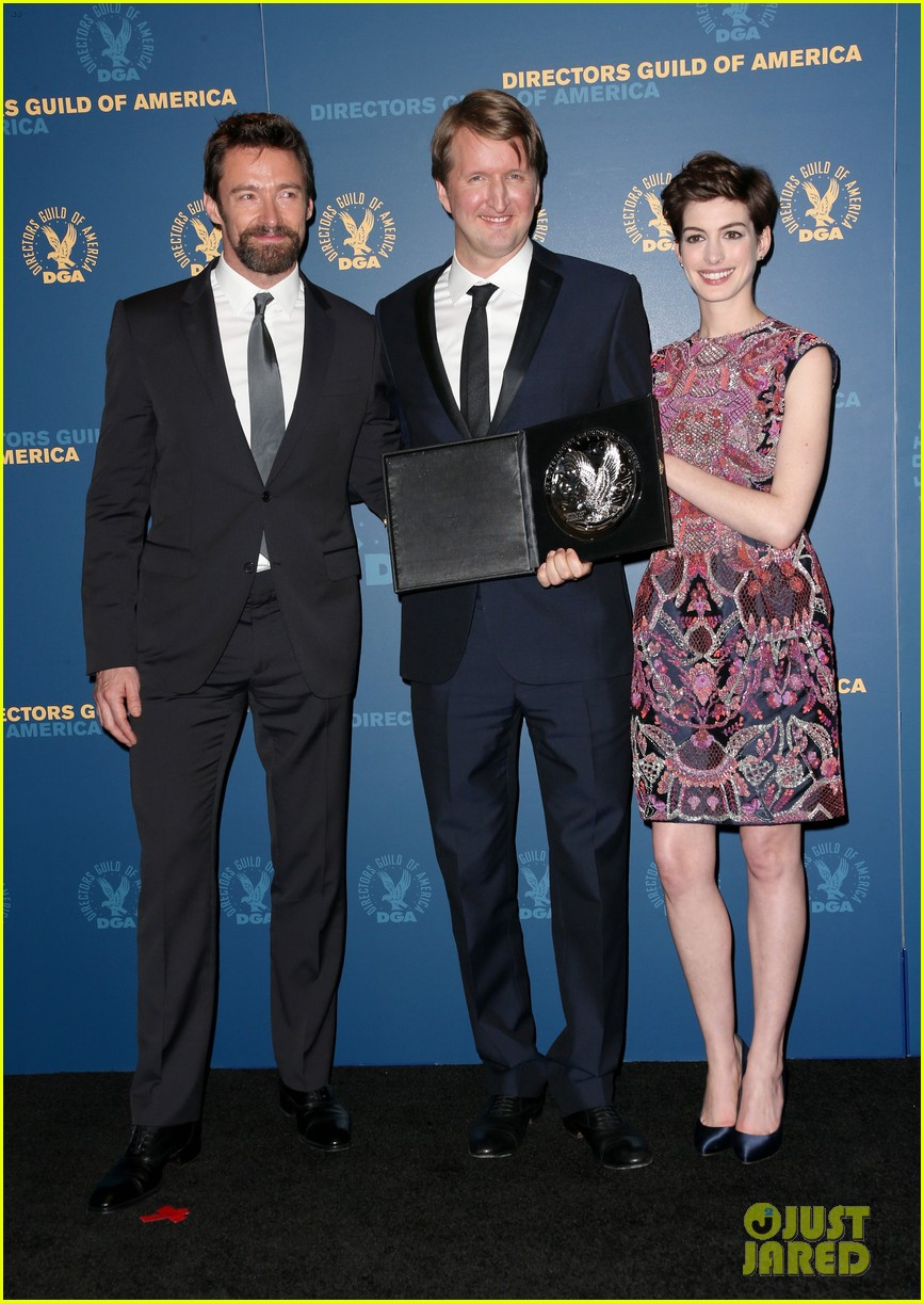 anne hathaway dga awards 2013 with hugh jackman 082803705
