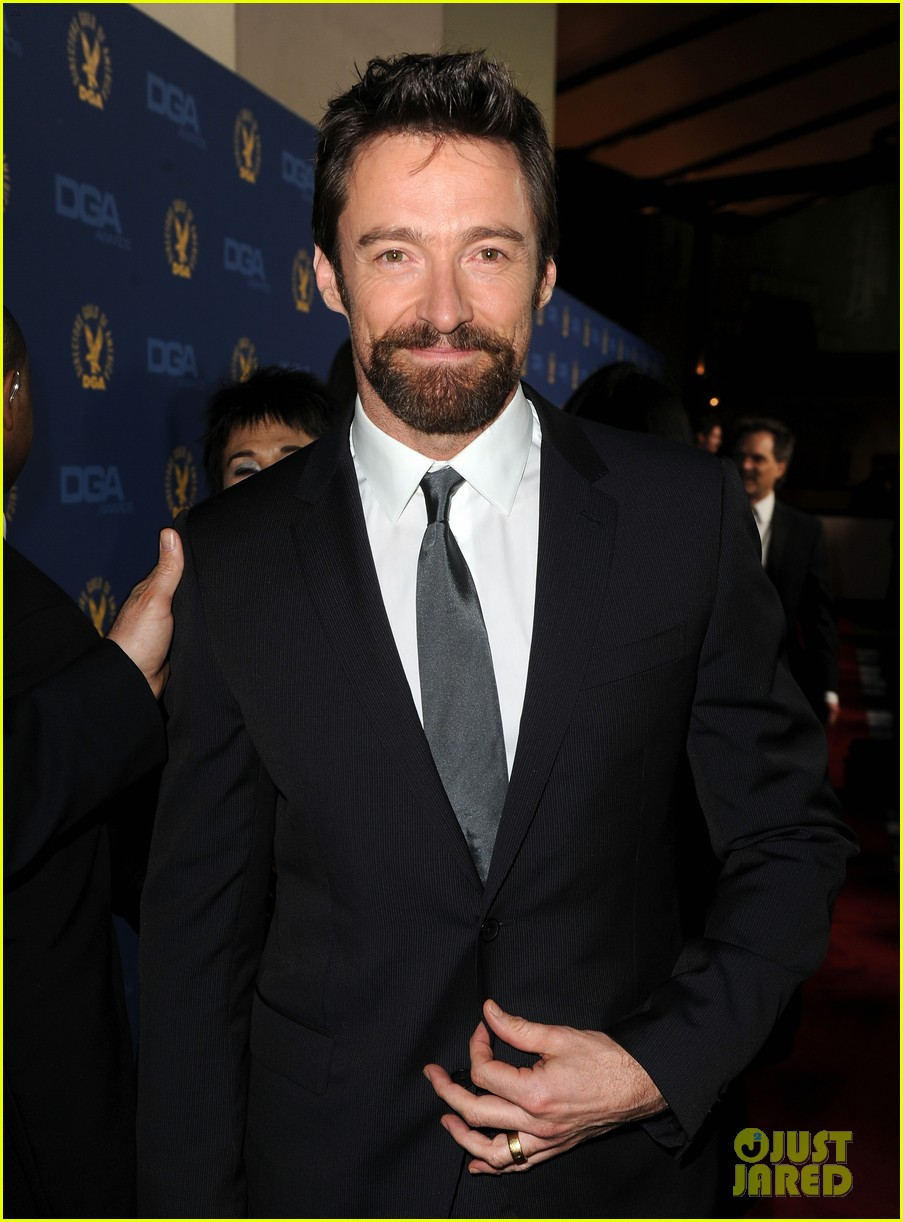 anne hathaway dga awards 2013 with hugh jackman 21