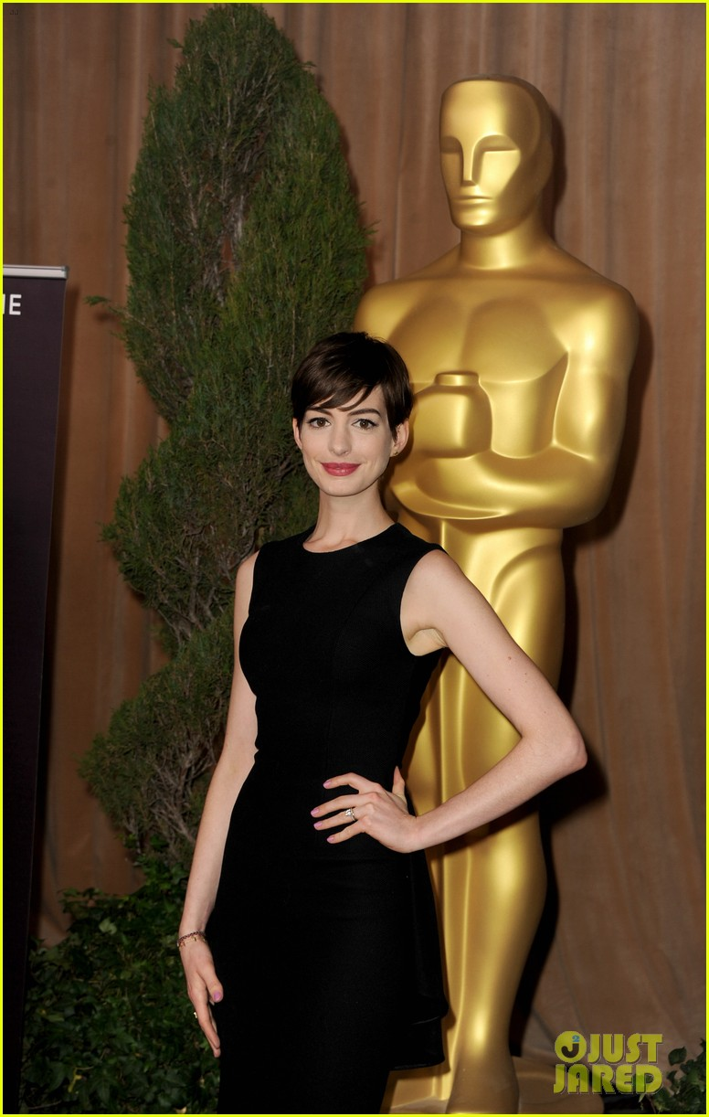 anne hathaway oscar nominees luncheon 2013 05