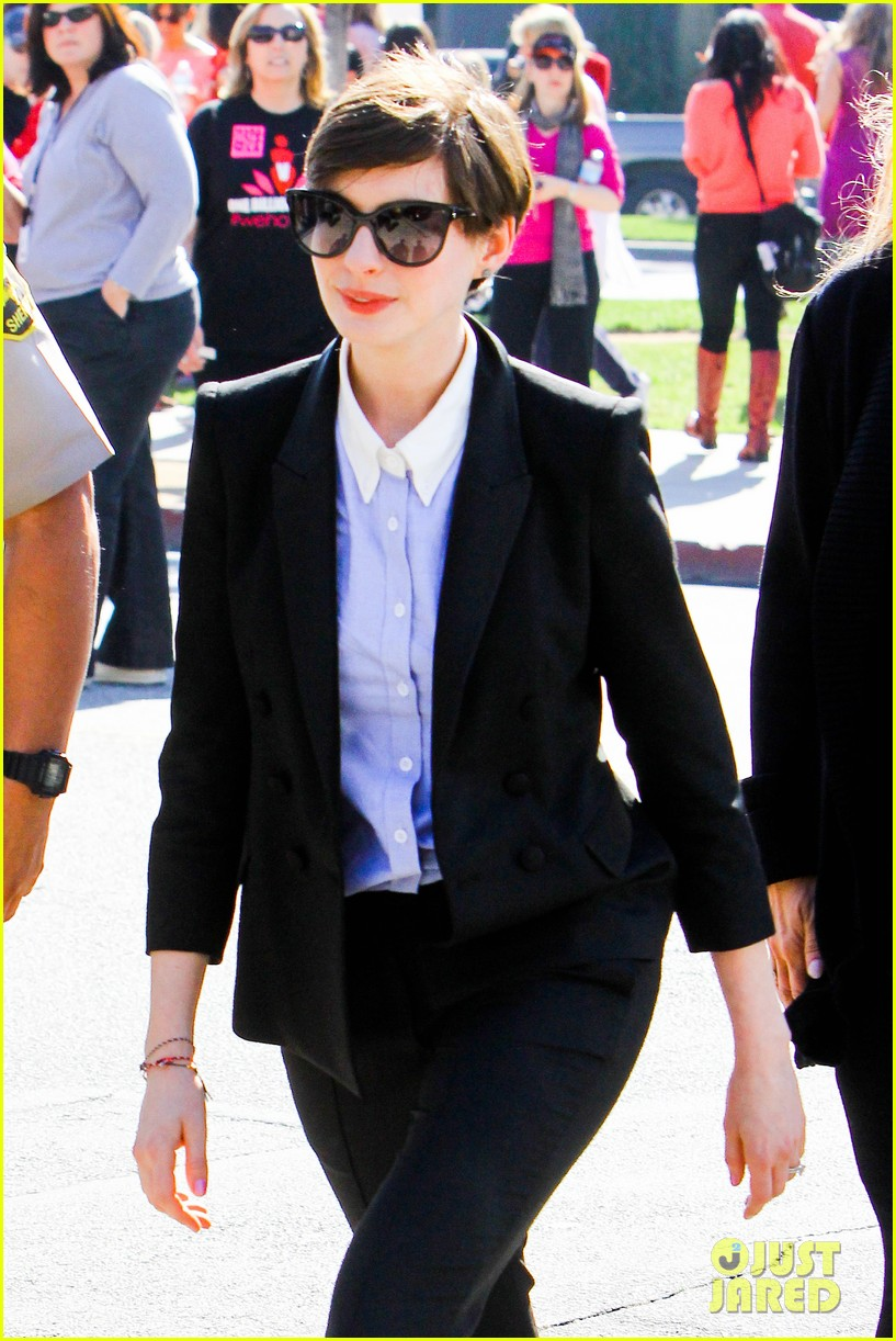anne hathaway one billion rising kick off 02