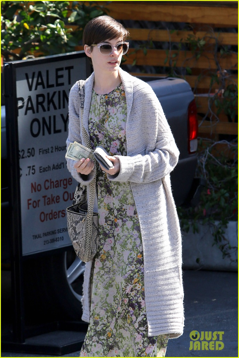 anne hathaway steps out post oscar win in beverly hills 082821301