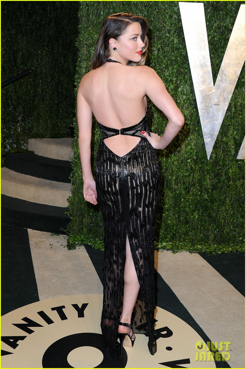 amber heard vanity fair oscars party 2013 05