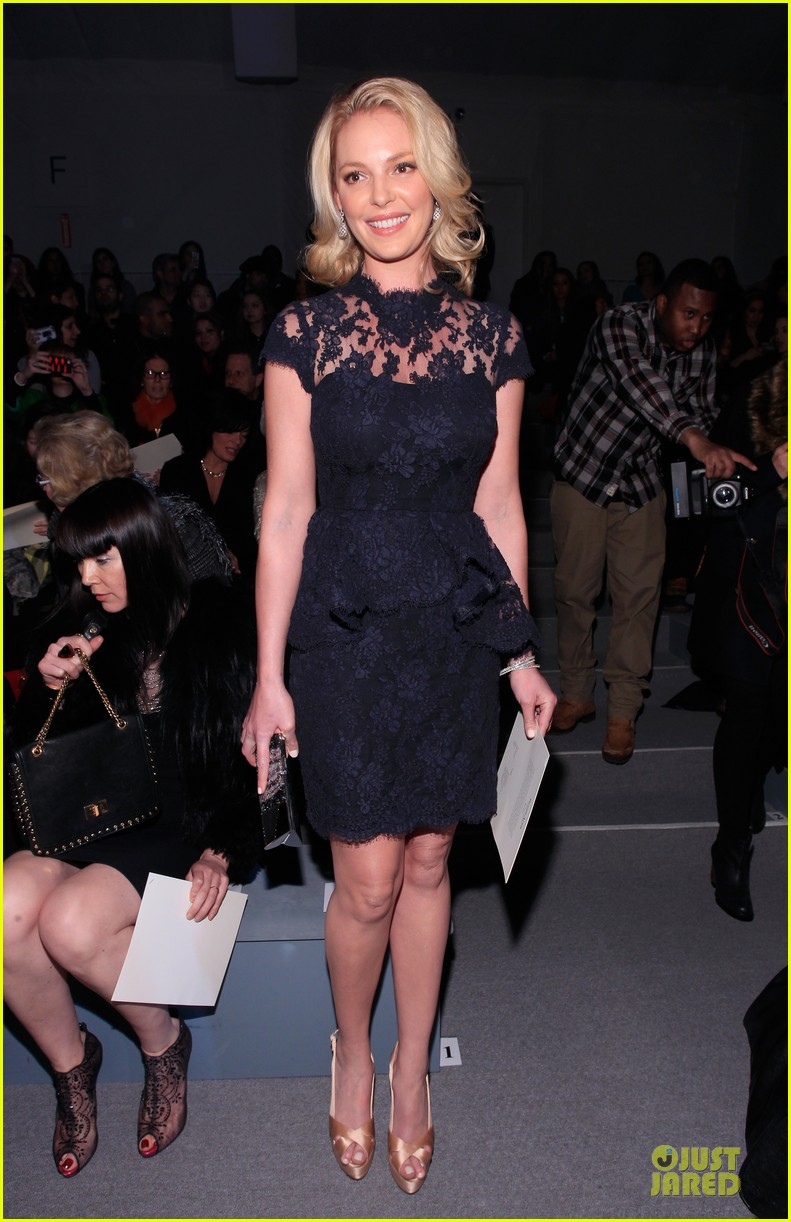 katherine heigl  reem acra fashion show 082810510