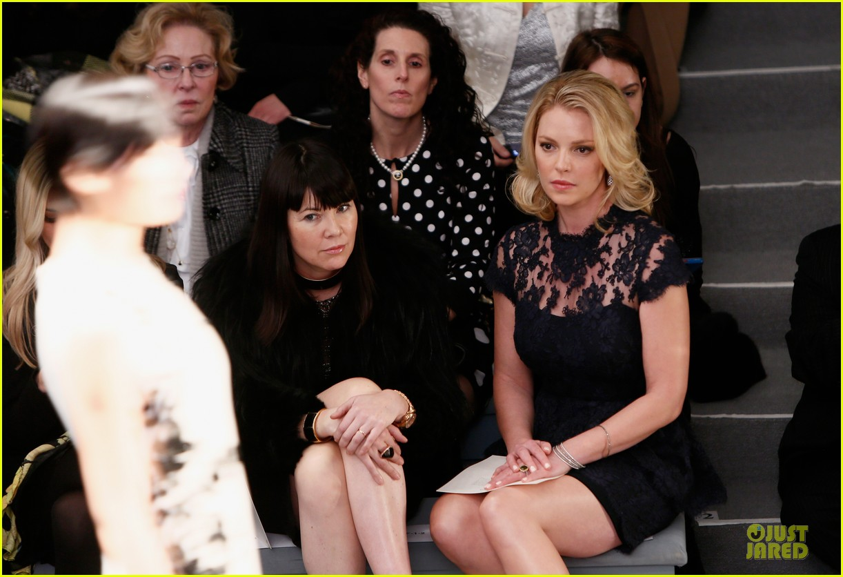 katherine heigl  reem acra fashion show 11
