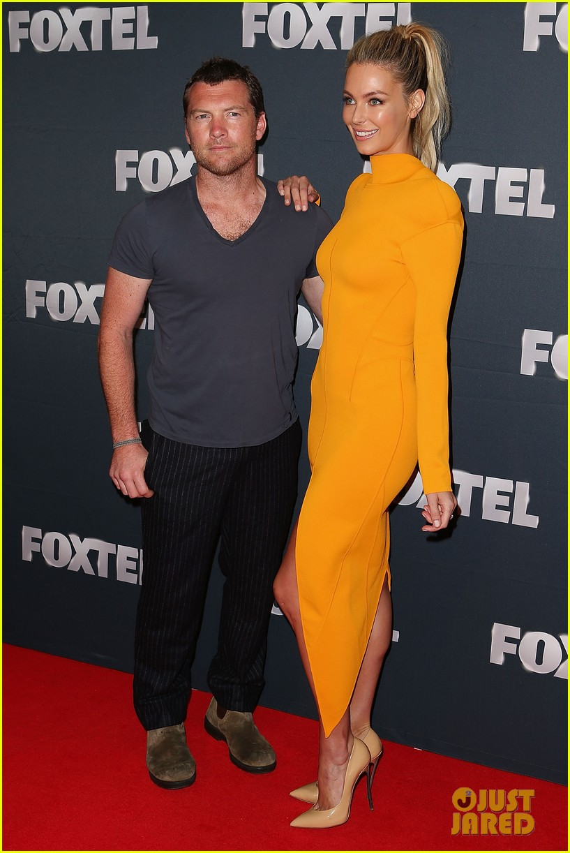 chris hemsworth sam worthington 2013 foxtel launch 08