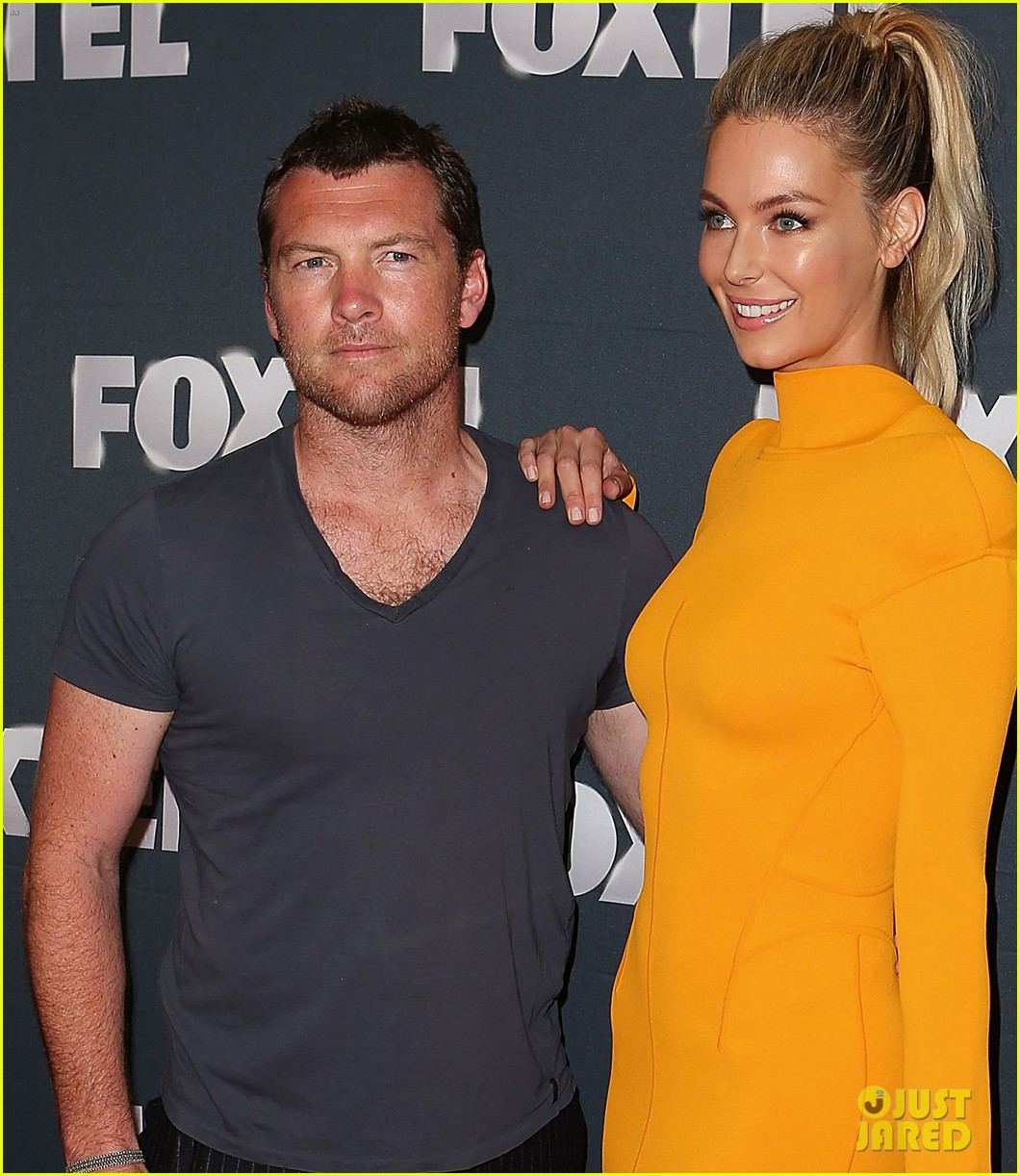 chris hemsworth sam worthington 2013 foxtel launch 10