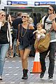chris hemsworth elsa pataky sydney stroll with india 11
