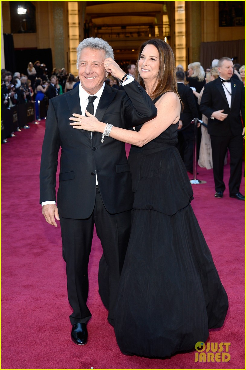 dustin lisa hoffman oscars 2013 red carpet 092819240