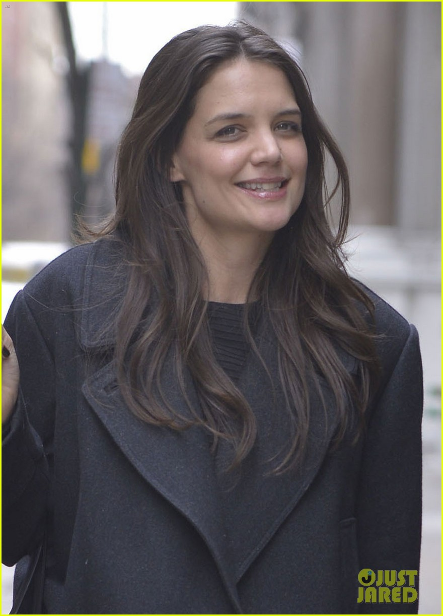 katie holmes bobbi brown ad behind the scenes video 042818266
