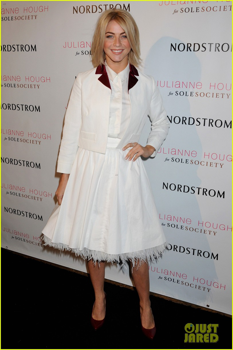 julianne hough sole society event extra appearance 01