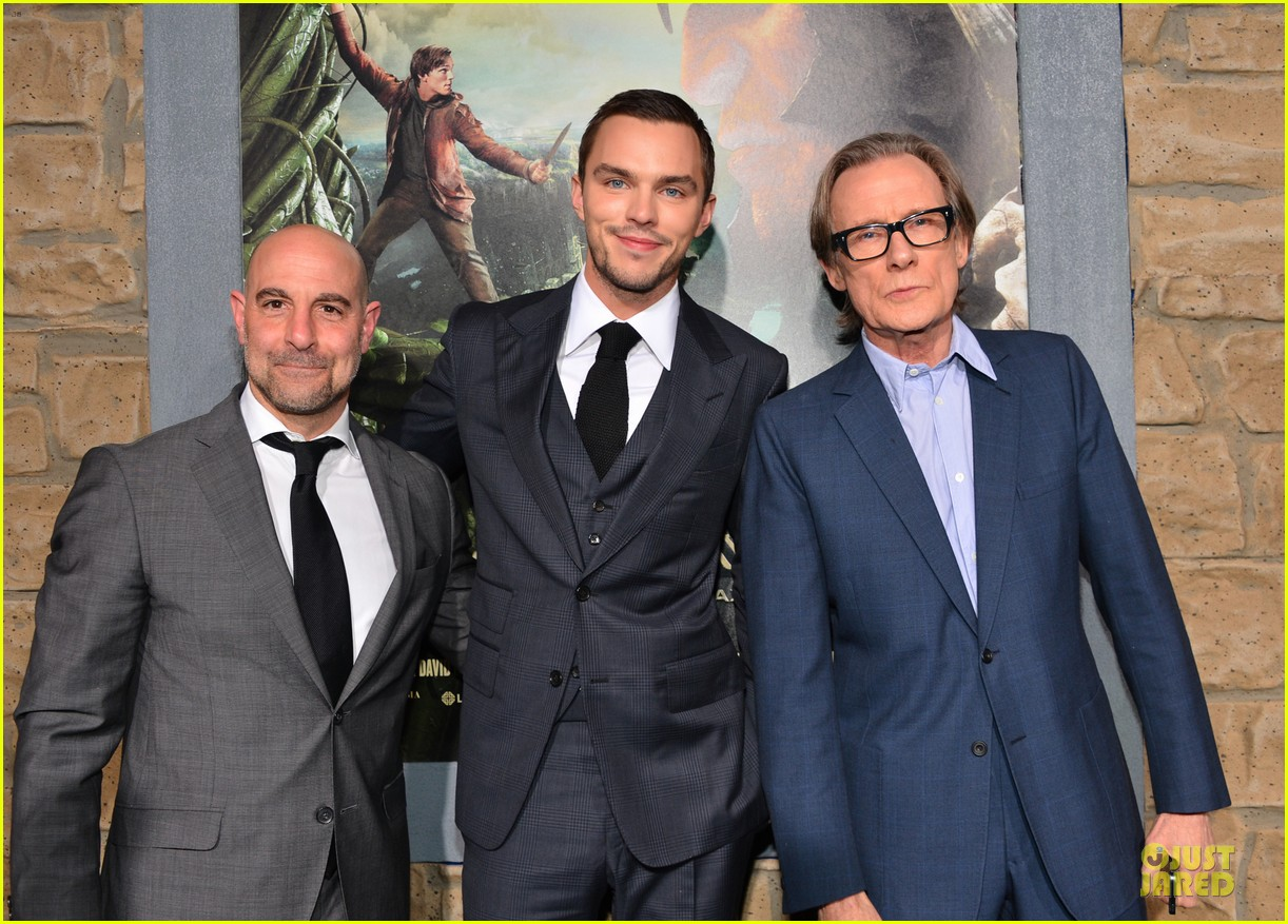 nicholas hoult jack the giant slayer hollywood premiere 04