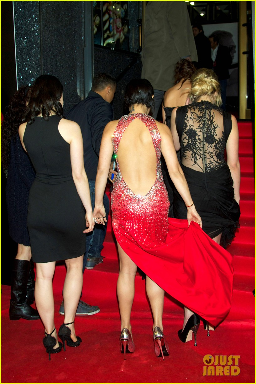 vanessa hudgens ashley benson spring breakers madrid premiere 022816605