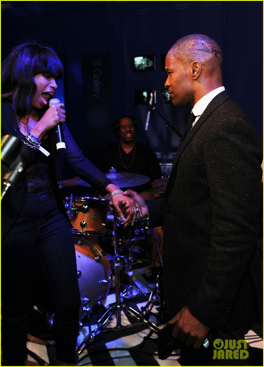 jennifer hudson super bowl party with jamie foxx 06