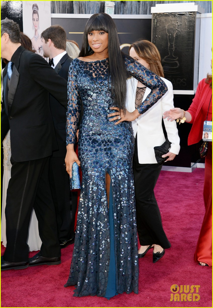 jennifer hudson oscars 2013 red carpet 04