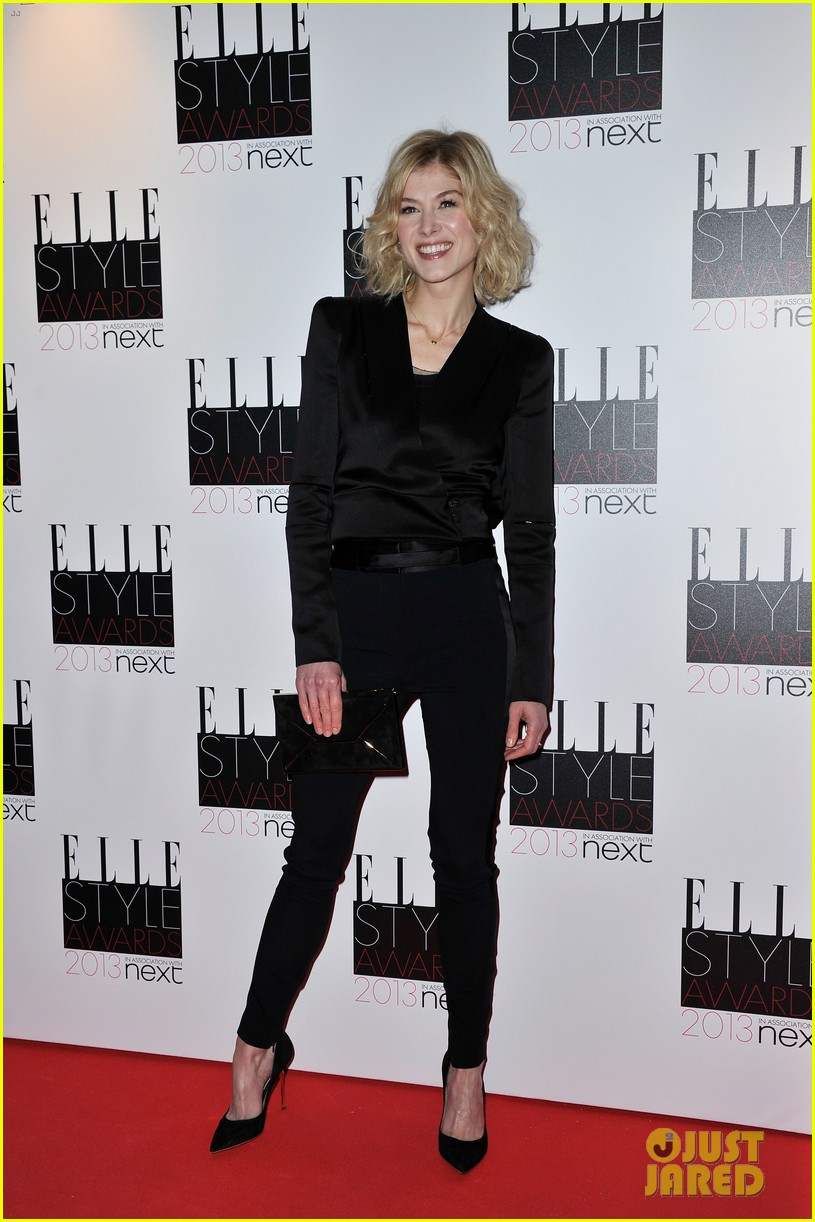 kate hudson rosamund pike elle style awards 2013 012810132