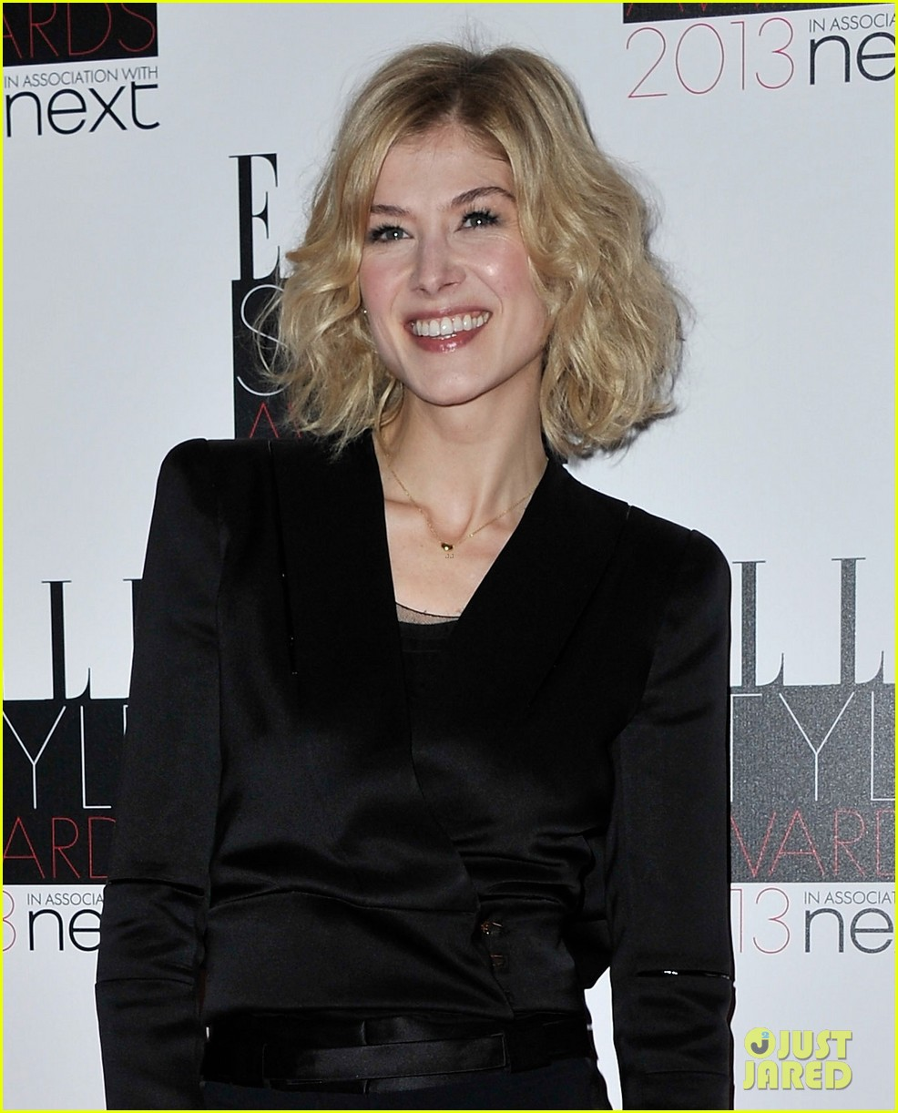 kate hudson rosamund pike elle style awards 2013 04