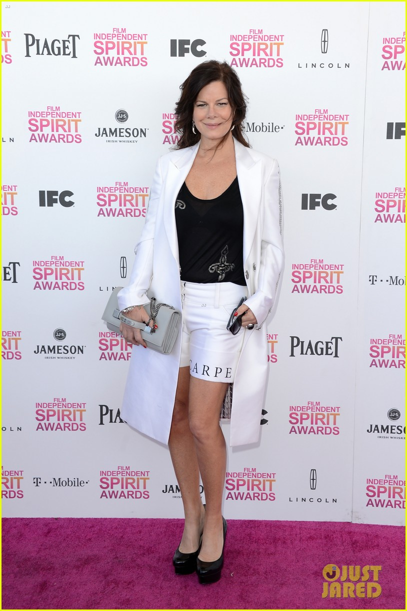 helen hunt emily mortimer independent spirit awards 2013 132817941