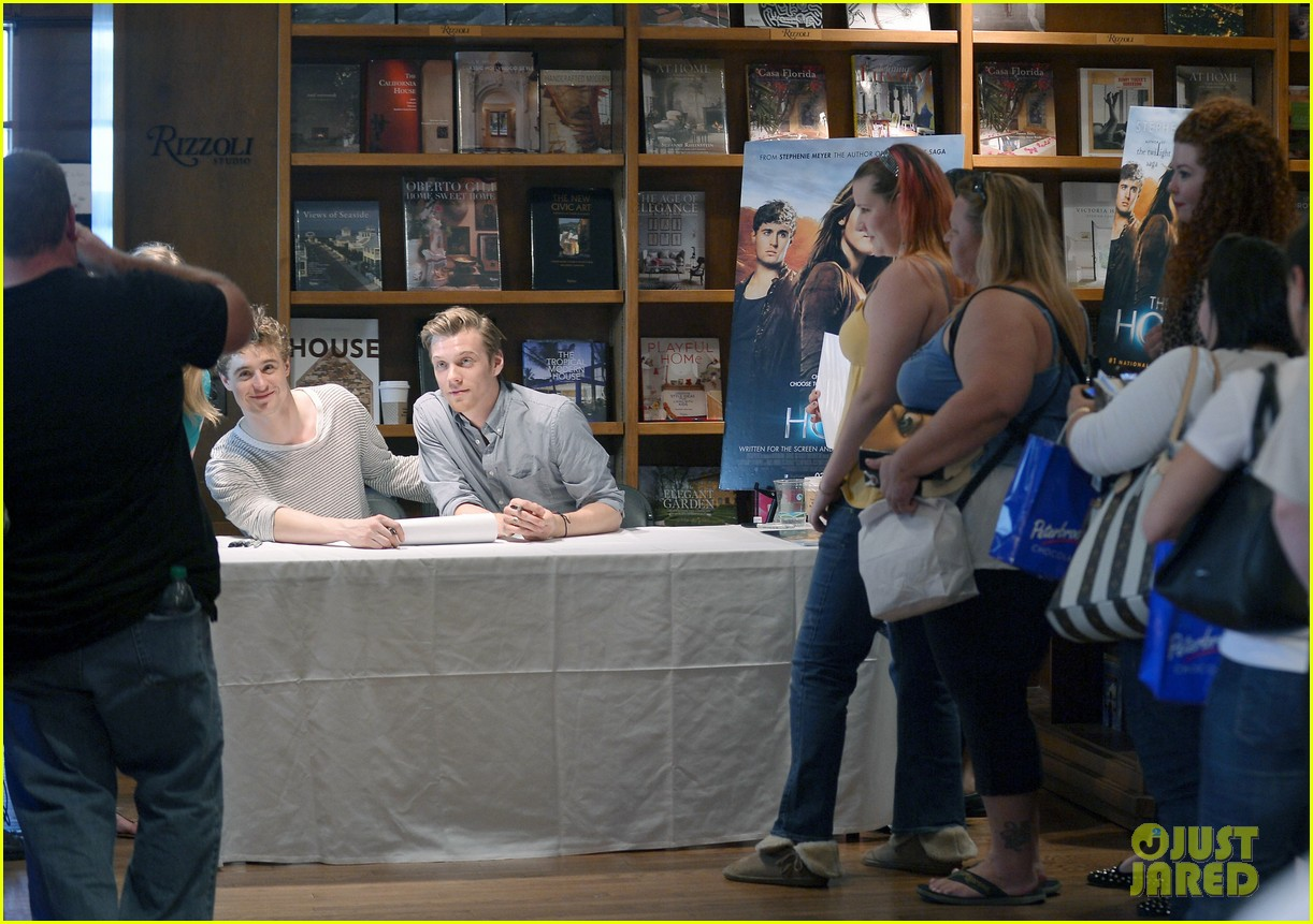 max irons jake abel the host book signing 052815751