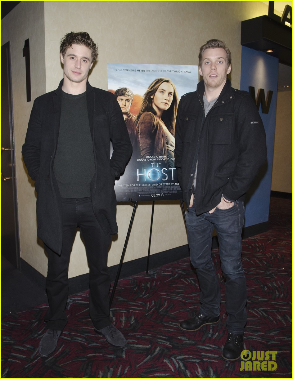max irons jake abel the host qa with stephenie meyer 022816729
