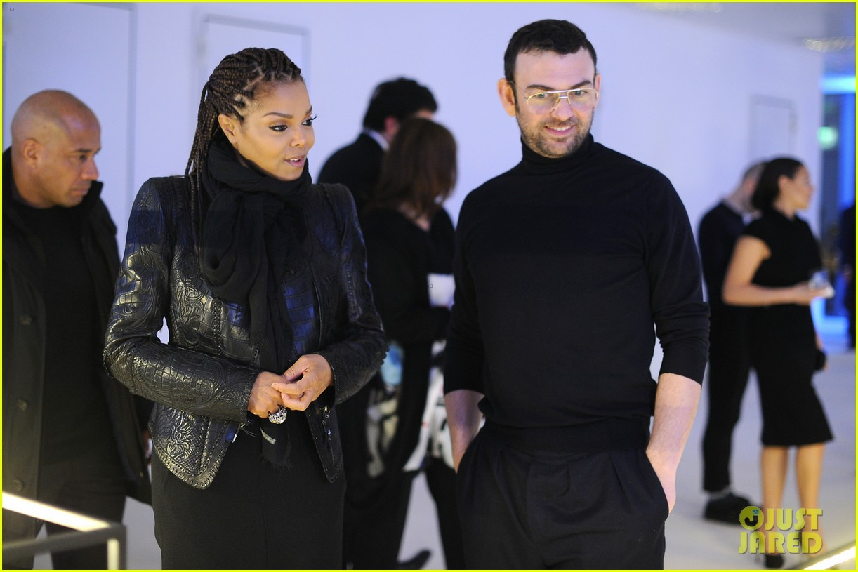 janet jackson salma hayek milan fashion week events 022816754