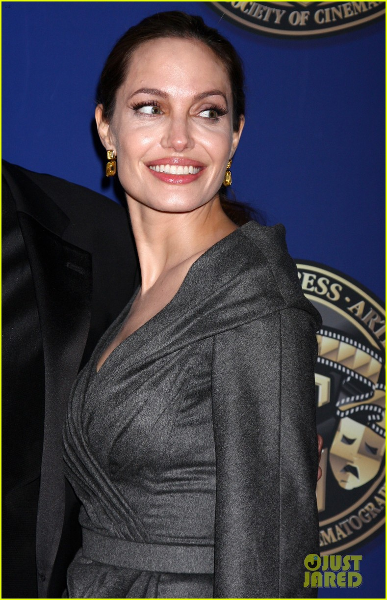 angelina jolie american society of cinematographers awards 042809853