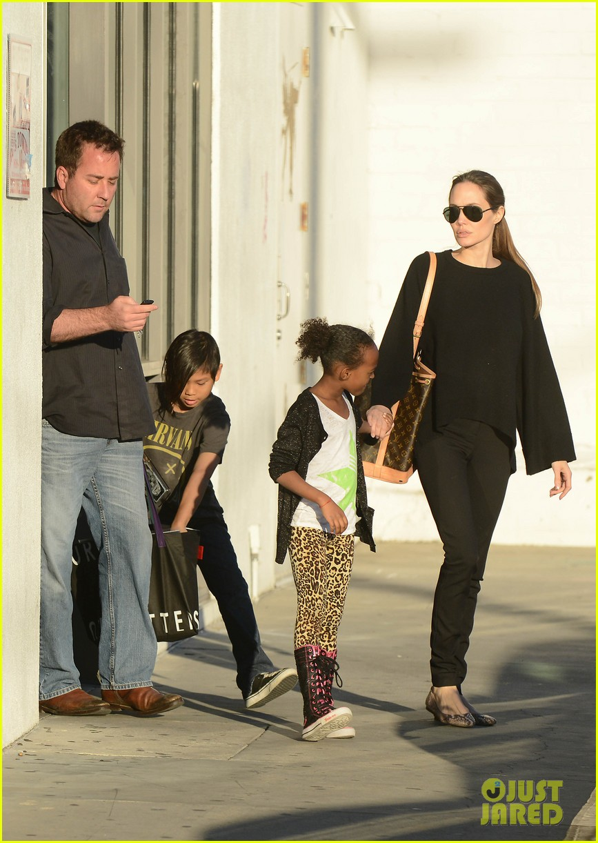angelina jolie zahara pax urban outfitters shoppers 032812027