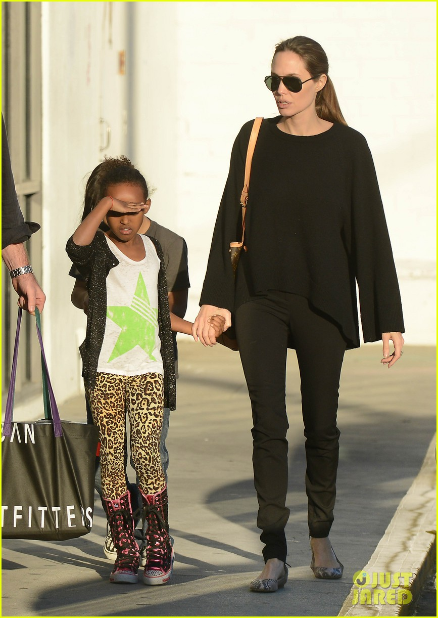 angelina jolie zahara pax urban outfitters shoppers 13