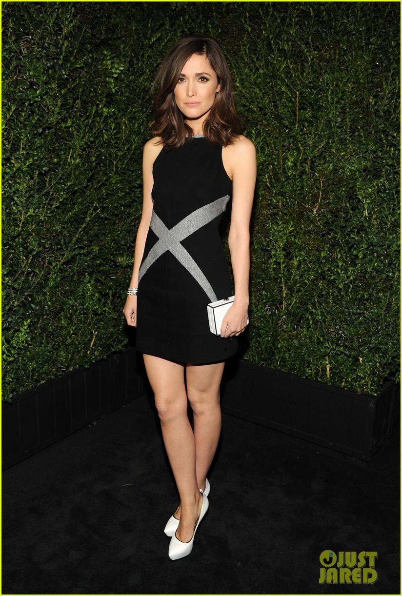 january jones rose byrne chanel pre oscars dinner 2013 05