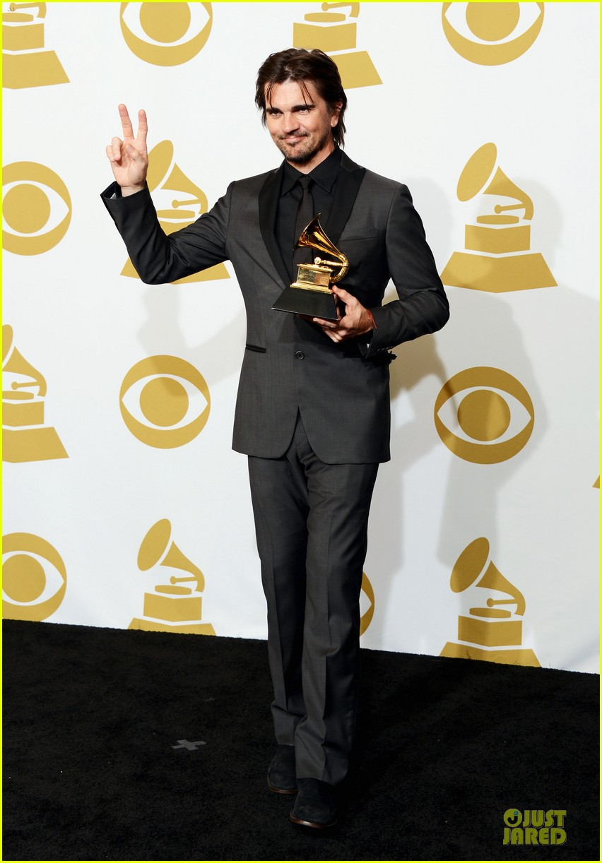 juanes grammys 2013 performance watch now 052809664