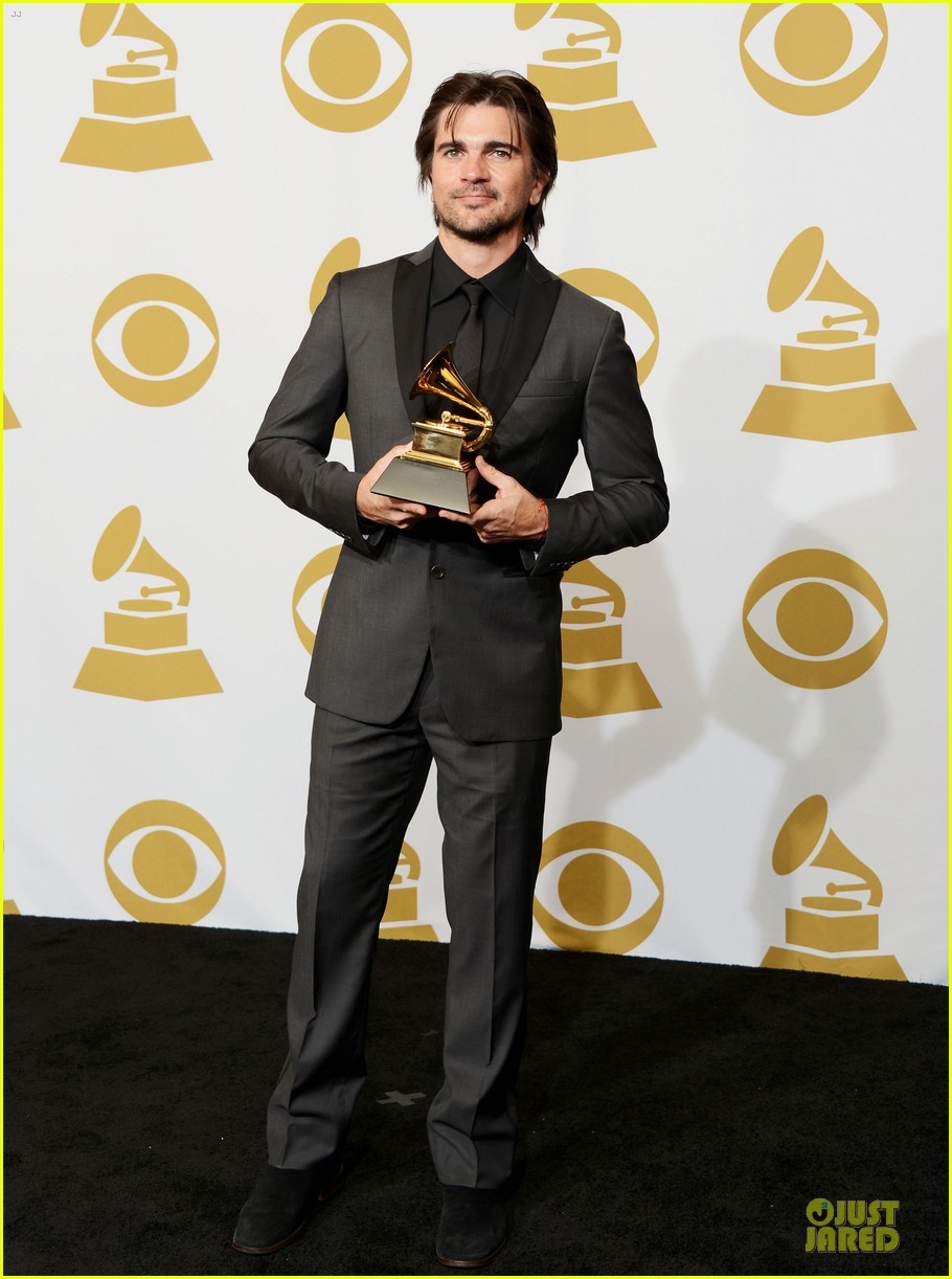 juanes grammys 2013 performance watch now 072809666