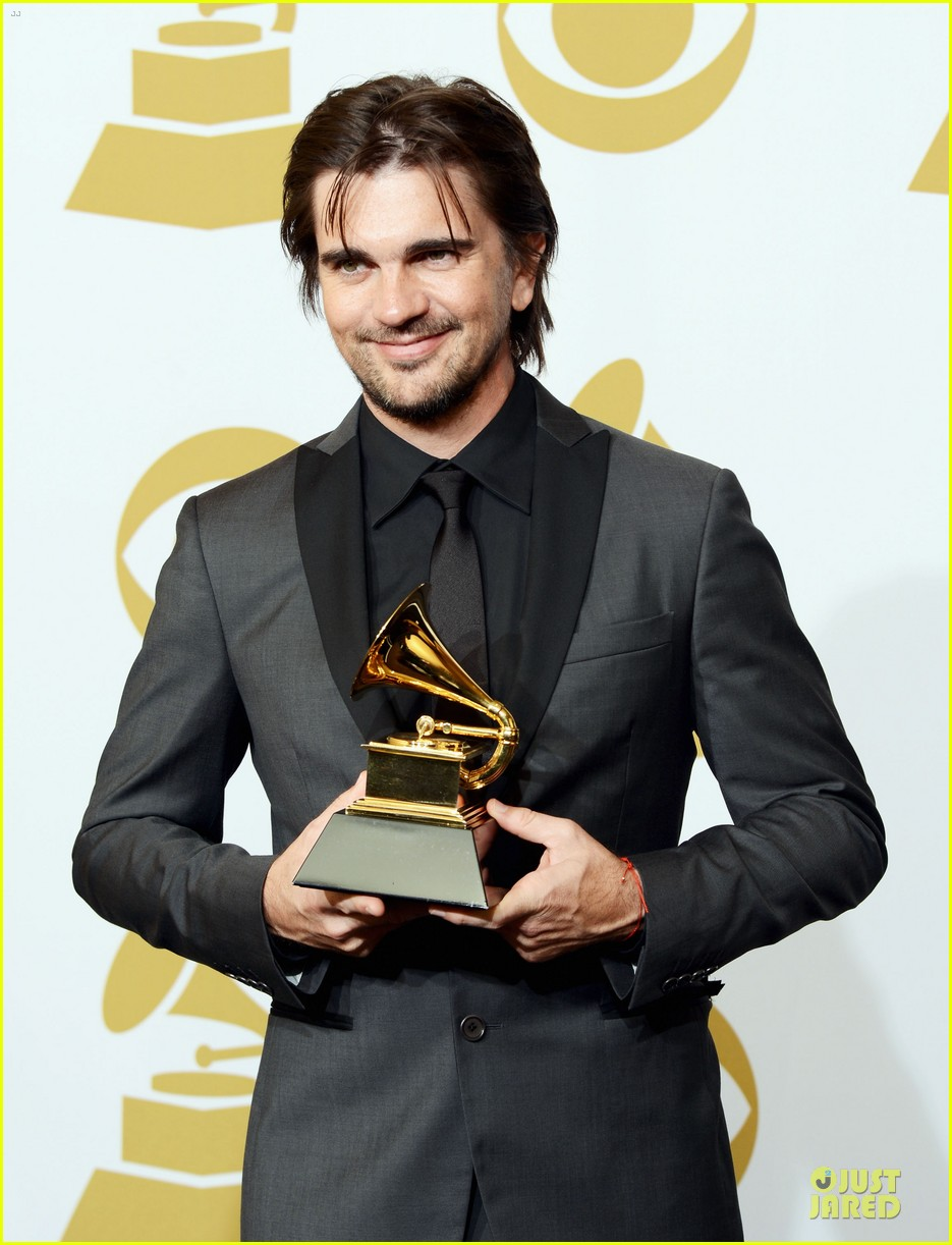 juanes grammys 2013 performance watch now 112809670