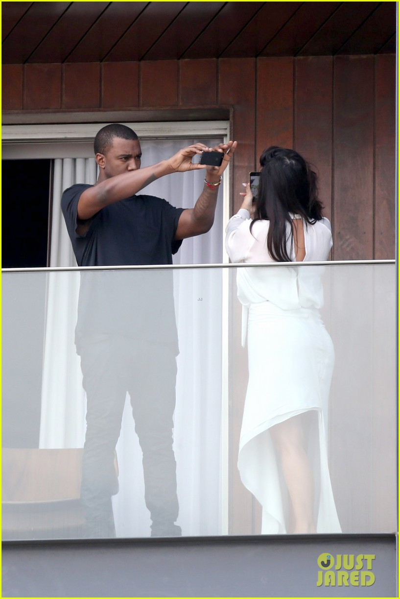 kim kardashian kanye west balcony fun with will smith 052810154