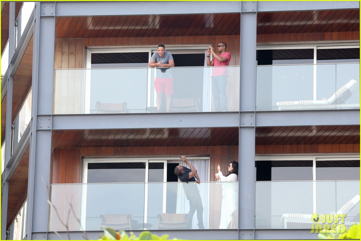 kim kardashian kanye west balcony fun with will smith 062810155